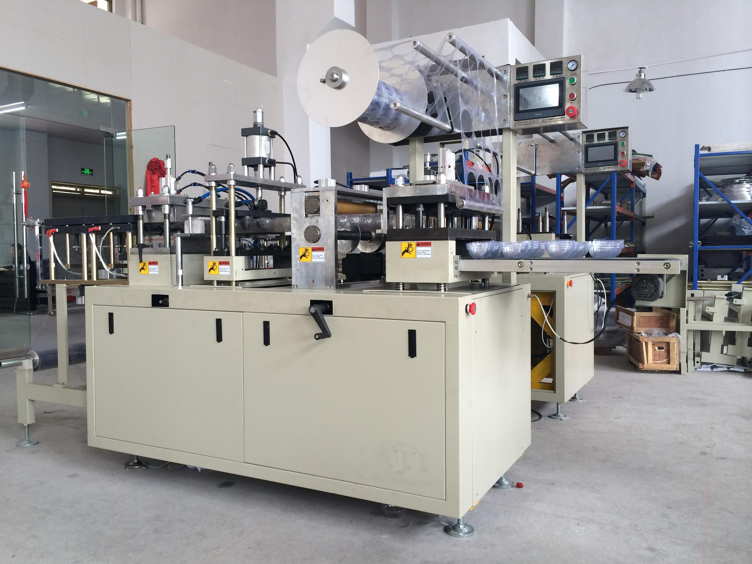 PS PET PVC Fast Food Box Thermoforming Machine